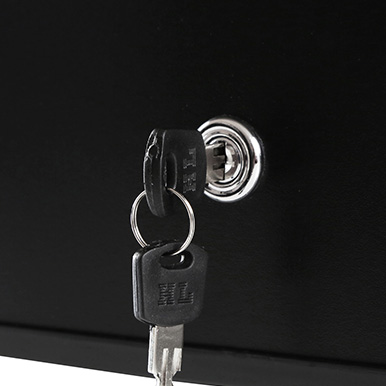 Lockable Door
